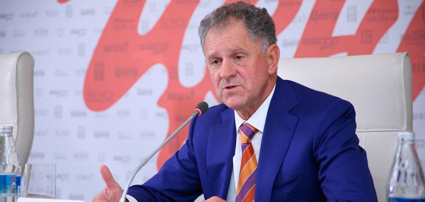 Александр Волков стал главным героем программы «Знакомьтесь – сенатор»