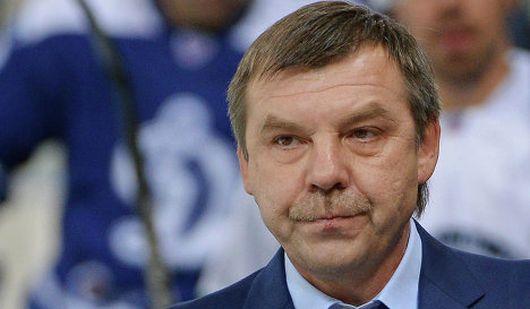 Главный тренер сборной России по хоккею не будет руководить командой в финале ЧМ