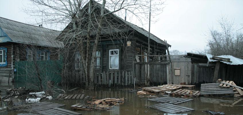 Уровень воды в Ижевском пруду и реке Иж понизился