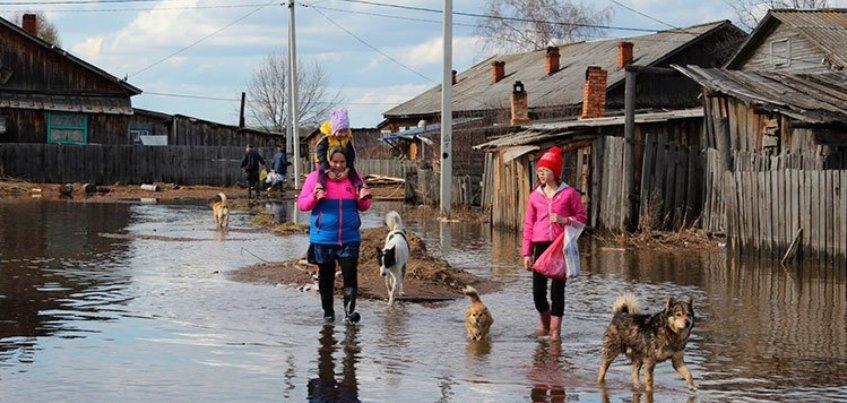 МЧС Удмуртии: В Балезино остаются подтопленными 32 придомовые  территории