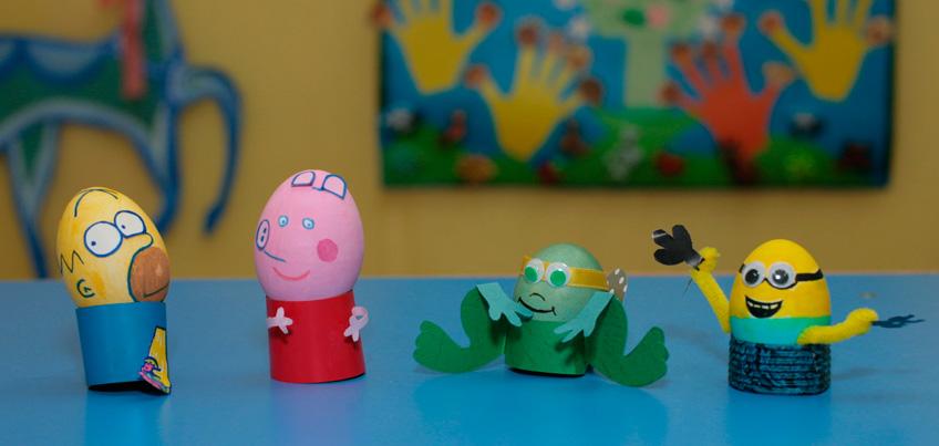 Красим яйца к пасхе: Свинка Пеппа, Миньон и Гомер Симпсон