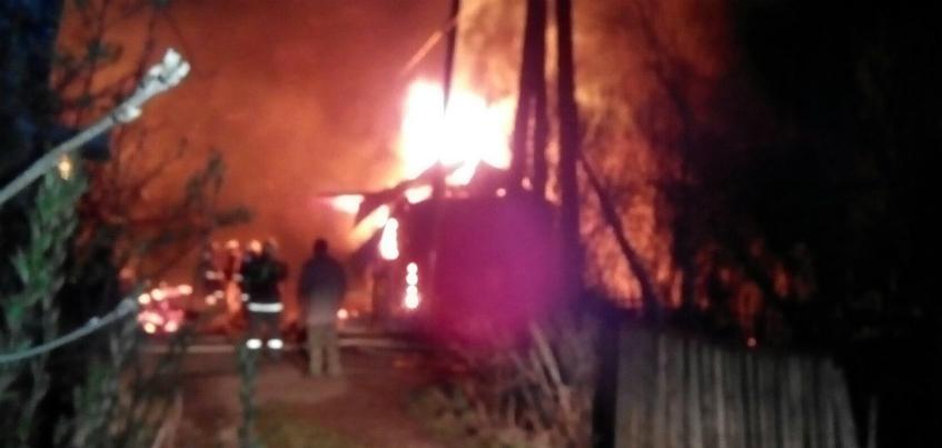 В Ижевске в СНТ «Планета» произошел пожар