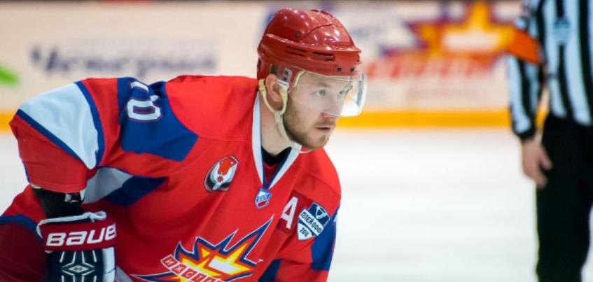 Хоккеист из клуба «Ижсталь» продолжит карьеру в КХЛ
