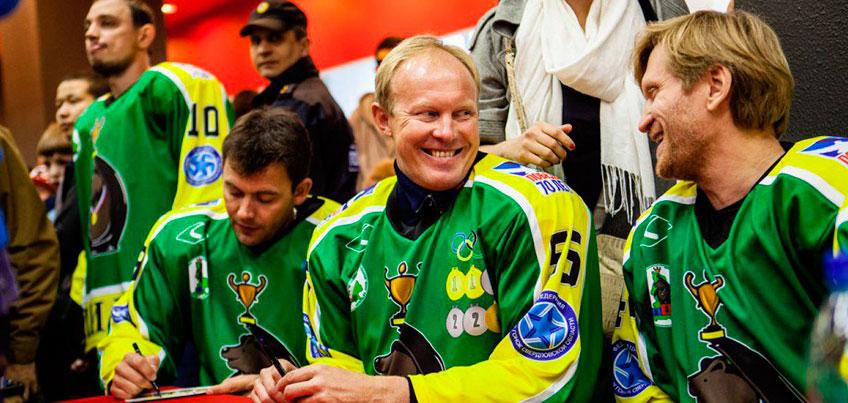 Биатлонист из Удмуртии Иван Черезов вместе с другими звездами спорта сыграет в хоккей
