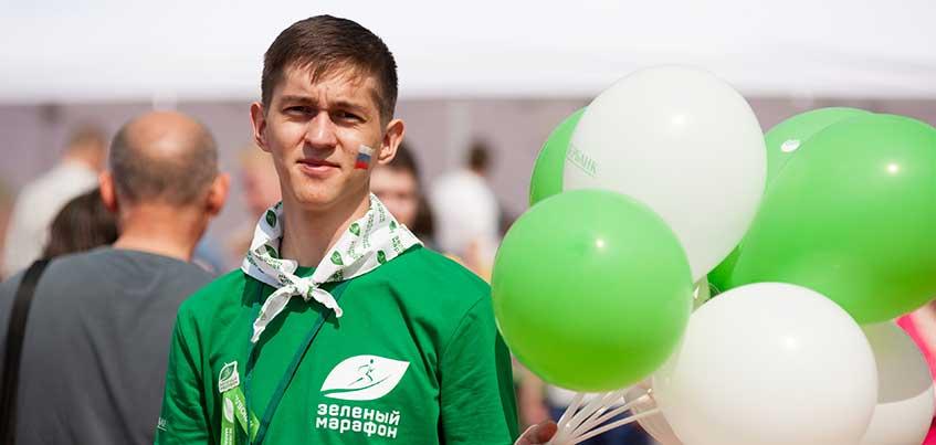 Участники Зеленого марафона Сбербанка в Ижевске установят скамейки в парке Кирова
