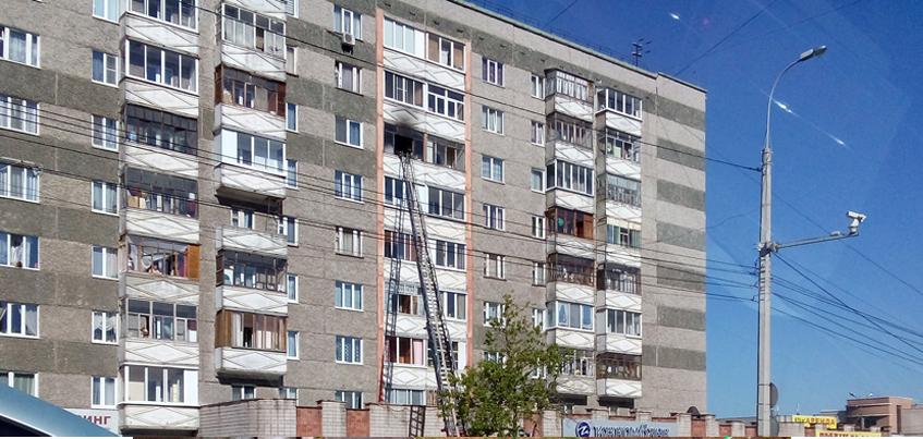 В пожаре в Ижевске на улице Пушкинской пострадали два человека