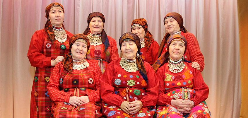«Бурановские бабушки» споют пограничникам на удмуртском языке
