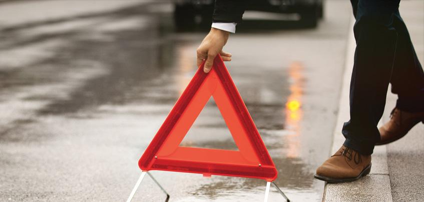 В Удмуртии при столкновении бензовоза и легкового автомобиля погиб мужчина