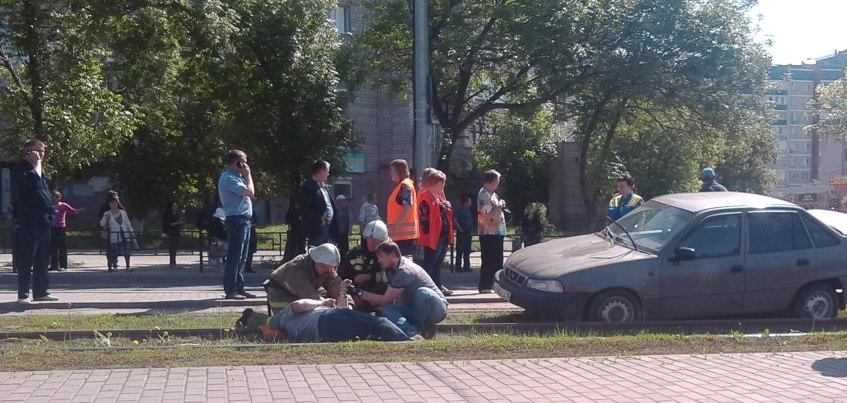 ГИБДД по Удмуртии: Водитель иномарки, который сбил мужчину на остановке в Ижевске, не соблюдал дистанцию