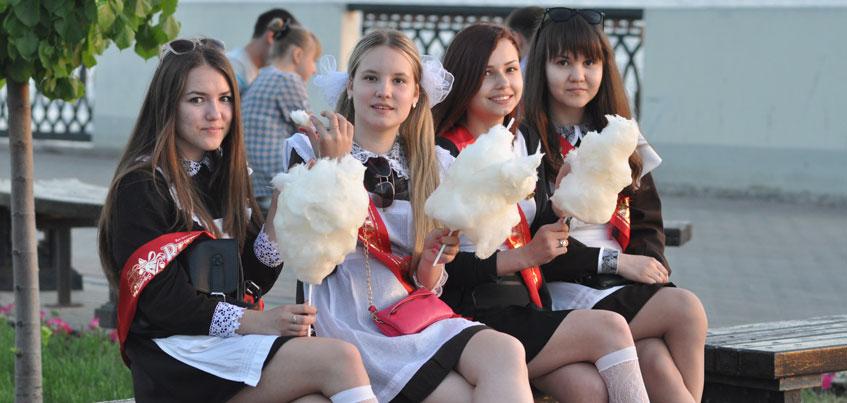 В Ижевске для выпускников прозвучит Последний звонок