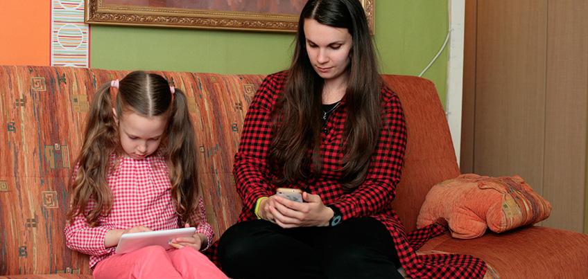 Как родителям отучить детей от своих вредных привычек?