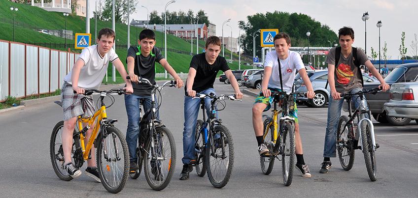 Пора на прогулку: что должен иметь при себе велосипедист