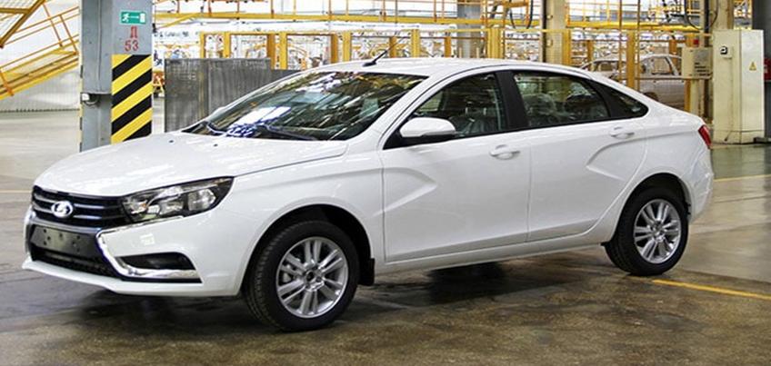 Ижевская LADA Vesta стала победителем номинации «Компактный городской автомобиль»