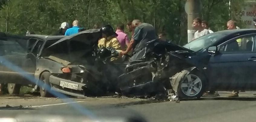 В Удмуртии в ДТП рядом с Завьялово пострадал 10-летний ребенок