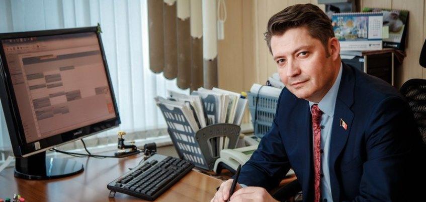 Глава Глазова заработал в прошлом году 12 млн рублей