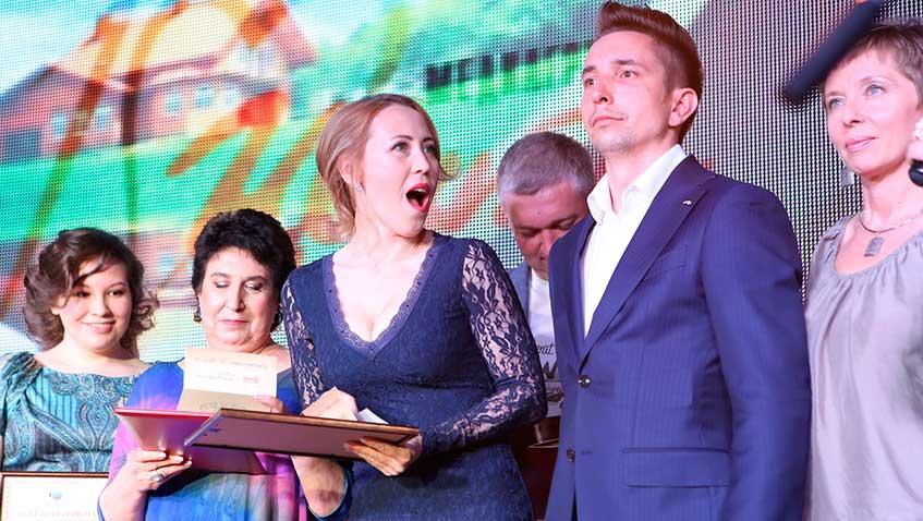 Награды лучшим сотрудникам и венецианский карнавал: медиагруппа «Центр» отметила свое 10-летие
