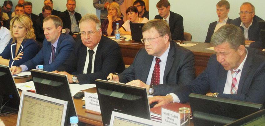 Могут или нет: ижевские депутаты поспорили о росте тарифов на холодную воду