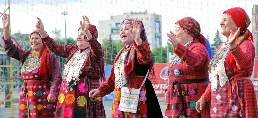 «Бурановские бабушки» пожелали удачи игрокам сборной России по футболу на «Евро-2016»