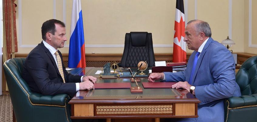 Удмуртия получит 150 млн рублей на новый Центр реабилитации и автомобили скорой помощи