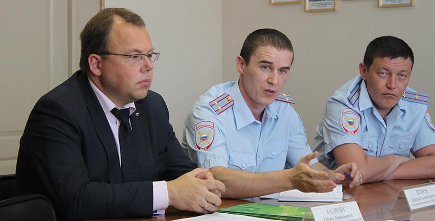 Сбербанк и МВД напомнили жителям Удмуртии правила безопасного использования банковскими картами и мобильными платежными сервисами