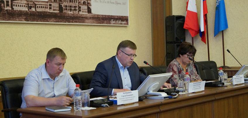 В Ижевске прошел Общественный совет по ЖКХ, на котором обсудили подготовку к отопительному сезону
