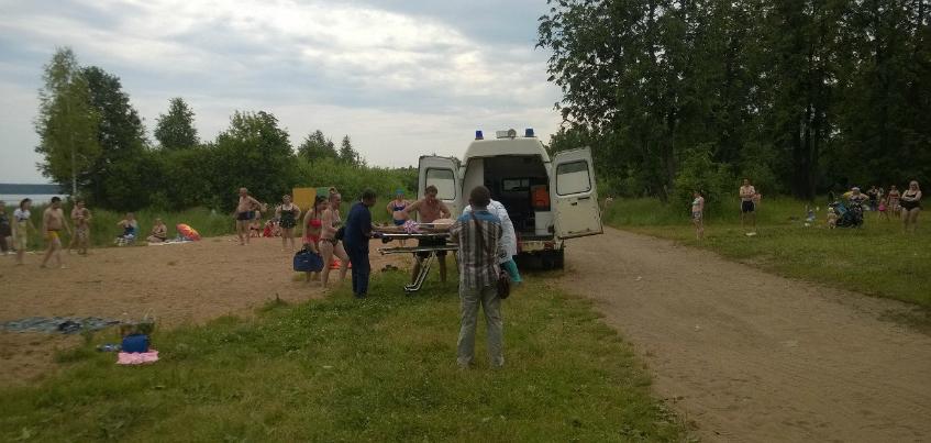 На пляже в микрорайоне Воложка в Ижевске погиб мужчина