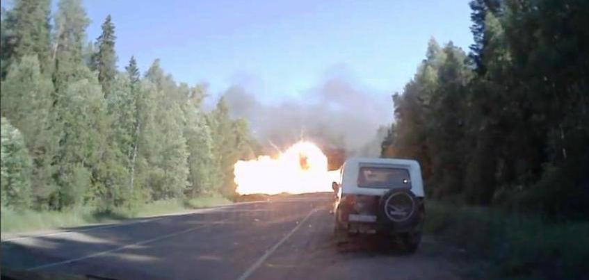 На трассе Воткинск-Шаркан в Удмуртии взорвалась «Газель»