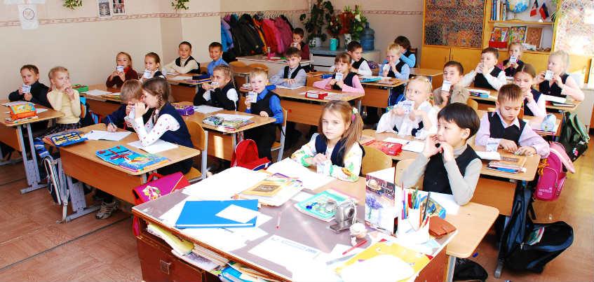Две школы Ижевска получили по 1 млн рублей, попав в ТОП-500 России