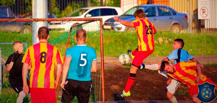 Роналду и Месси по-удмуртски: в Ижевске создали свою испанскую футбольную Лигу