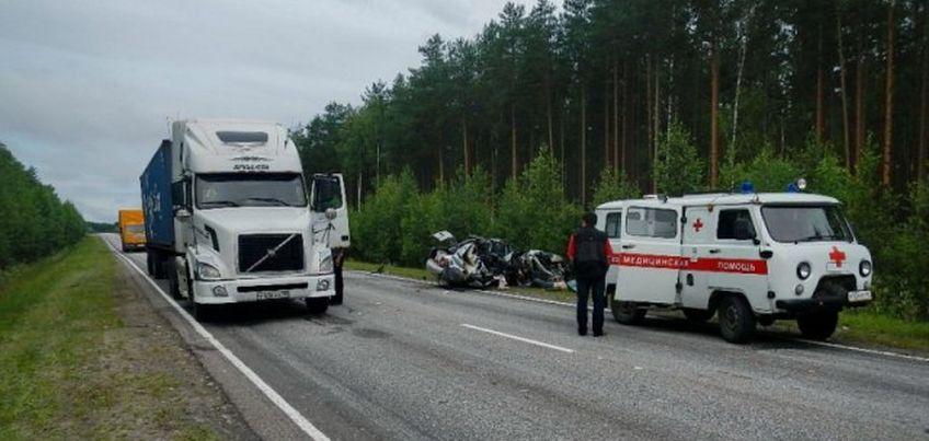 Двое жителей Удмуртии погибли в ДТП в Костромской области