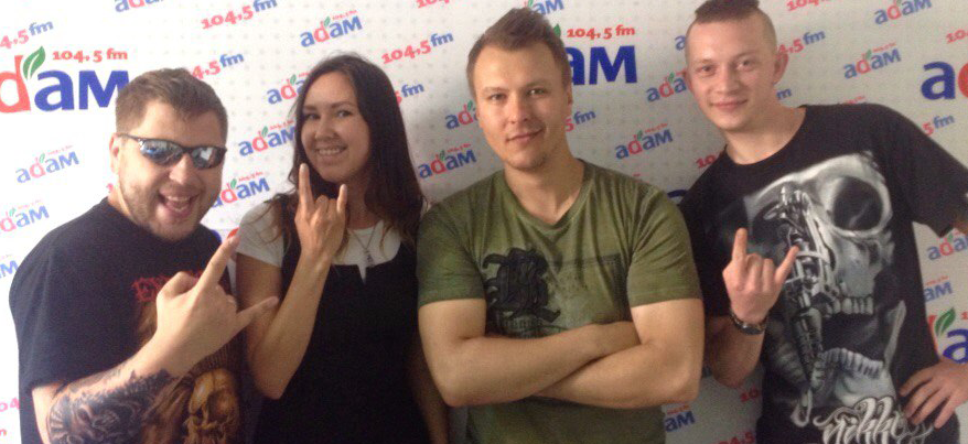 Музыканты группы «КняZz» сделали в Ижевске татуировки с черепом и ракетой