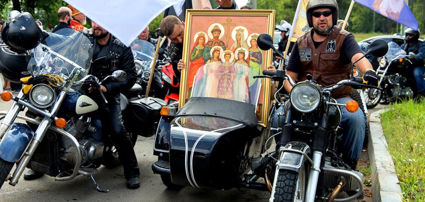 Фото: митрополит Ижевский и Удмуртский возглавил крестный мотопробег