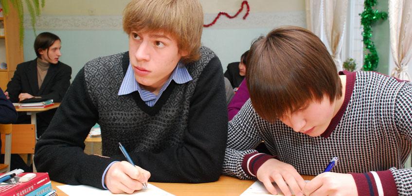 Выпускники Удмуртии смогут досдать государственные экзамены в сентябре