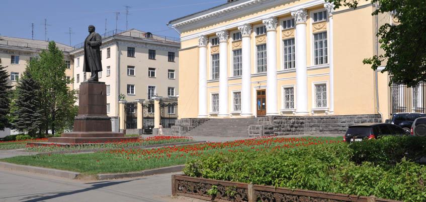 Здание Национальной библиотеки Удмуртии будет реконструировано