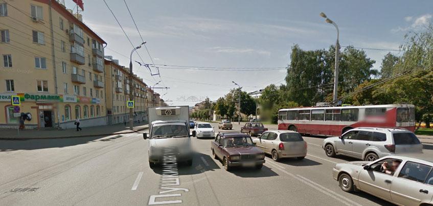 На пешеходном переходе на улицах Пушкинская и Лихвинцева поставят светофор