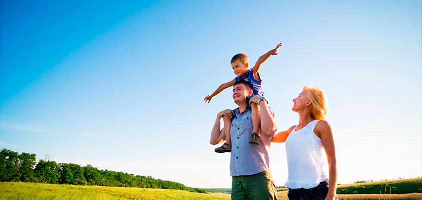Каждому ребенку нужна семья: ижевчане могут пройти школу принимающих родителей
