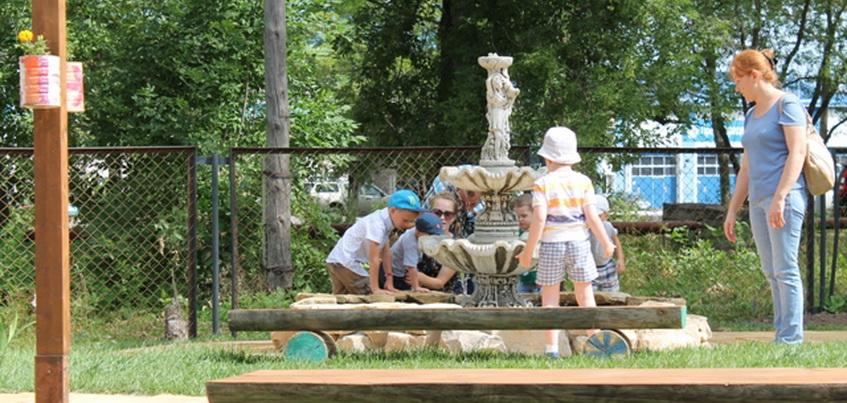В Ленинском районе Ижевска открылся сад, стимулирующий органы чувств