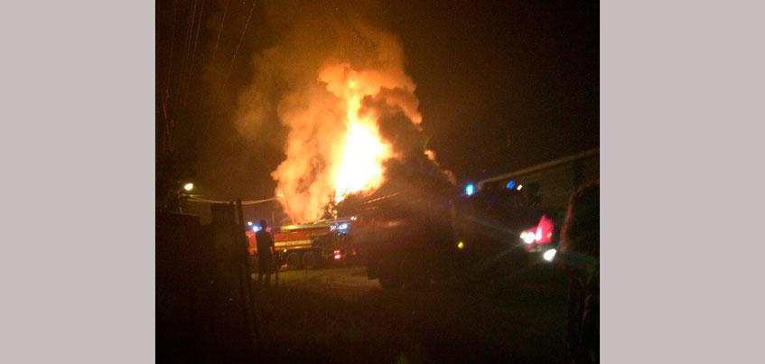 В Ленинском районе Ижевска ночью произошел пожар