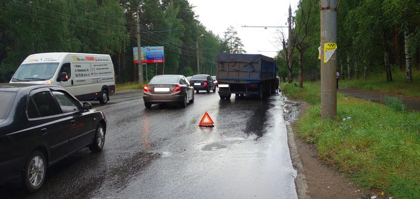 В Ижевске «КАМАЗ» сбил на пешеходном переходе 55-летнюю женщину