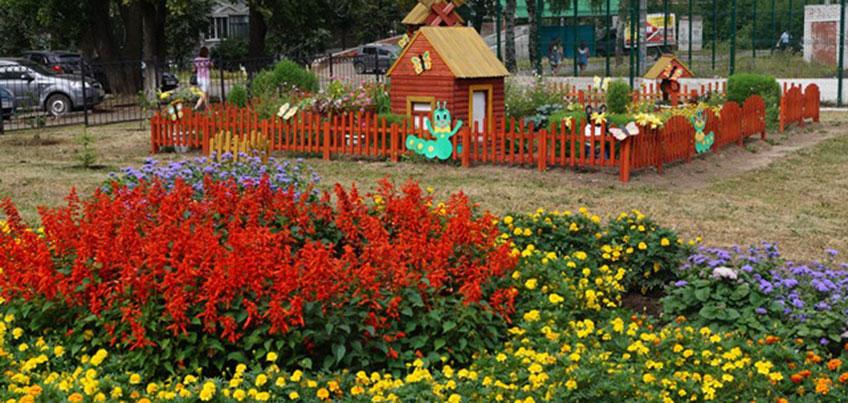 В столице Удмуртии продолжается конкурс «Ижевск – цветущий город – 2016»