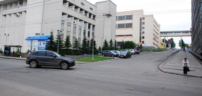 В Ижевске на улице Горького появятся еще две полосы
