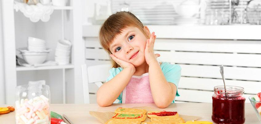 Школа здоровья: окулист, аллерголог и педиатр рассказали ижевчанам, чем опасен глазной клещ и что делать, если у малыша аллергия на ягоды