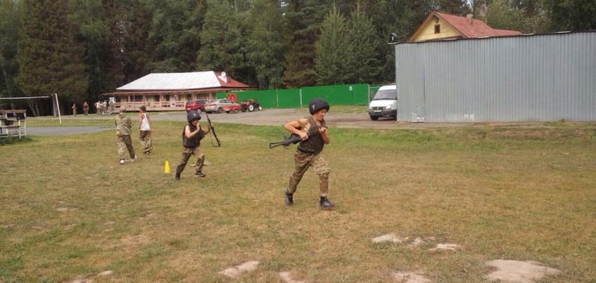Сотрудники наркоконтроля посетили лагерь «Призывник» в Удмуртии