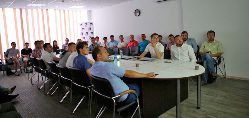 В Ижевске на улице Ленина открылось место встречи для предпринимателей и гражданских активистов - Точка Роста