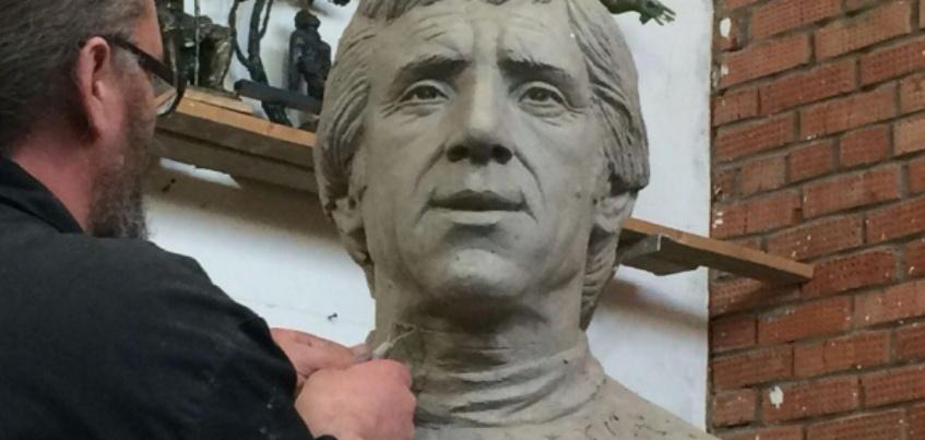 В Удмуртию на открытие памятника Владимиру Высоцкому приедет сын поэта