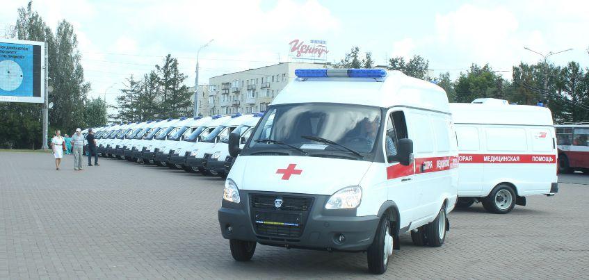 Еще 14 автомобилей скорой помощи получит Удмуртия до конца августа
