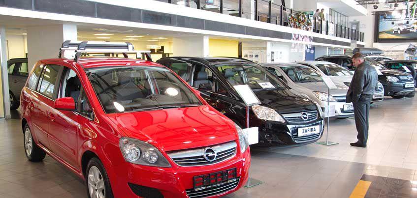 В Удмуртии в первом полугодии 2016 год стали больше покупать легковых авто