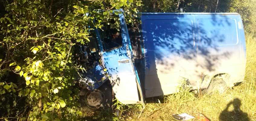 В Удмуртии «КамАЗ» столкнулся с «Мерседесом» из-за того, что водитель уснул за рулем