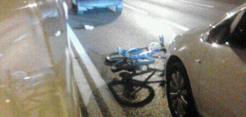 В Ижевске сбитый велосипедист сломал бедро и получил травму головы