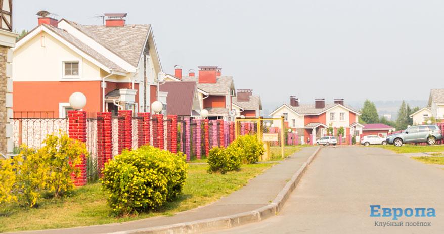 Новая тенденция в загородном строительстве: дома покупают в основном по рекомендации